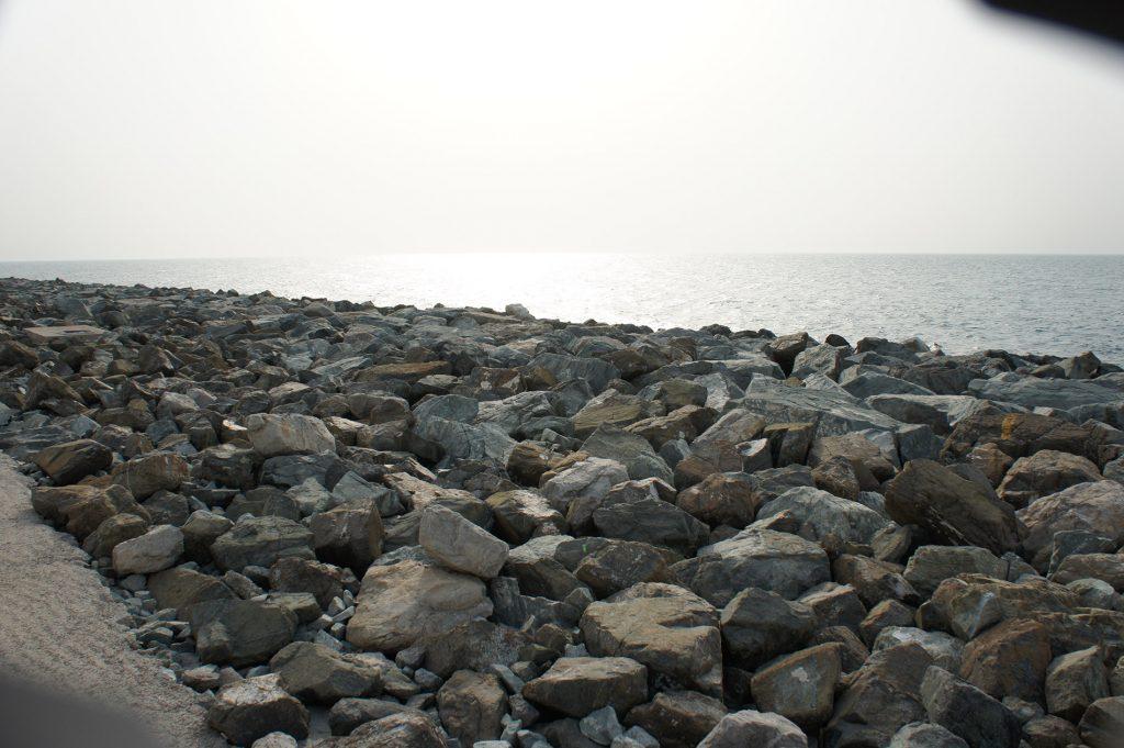 Пляж возле отеля Атлантис