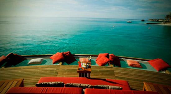 Отель над водой
