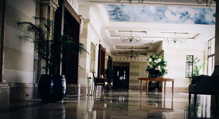 Hall Hotel Hayat