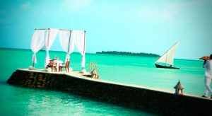 Лазурная вода на Мальдивах