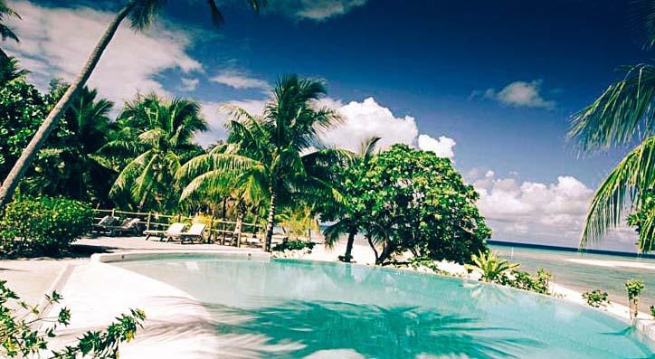 снимка басейн