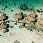 крыши над водой - отель Tikehau Pearl Beach Resort