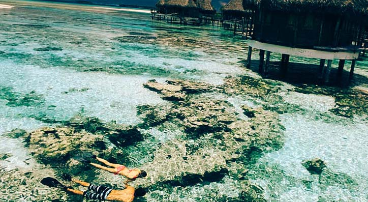 корралы прямо возле надводных домиков