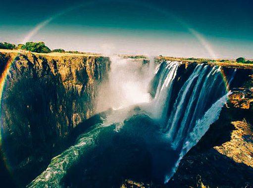 Радуга у водопада Виктории
