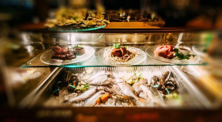 zivju ēdienkarte