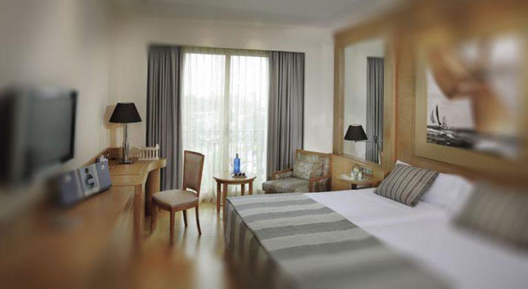 Номер в готелі Las Arenas Balneario, Валенсія