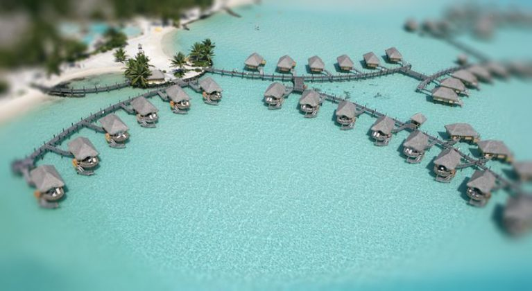 Hotel Bora Bora Lagoon Resort, top view