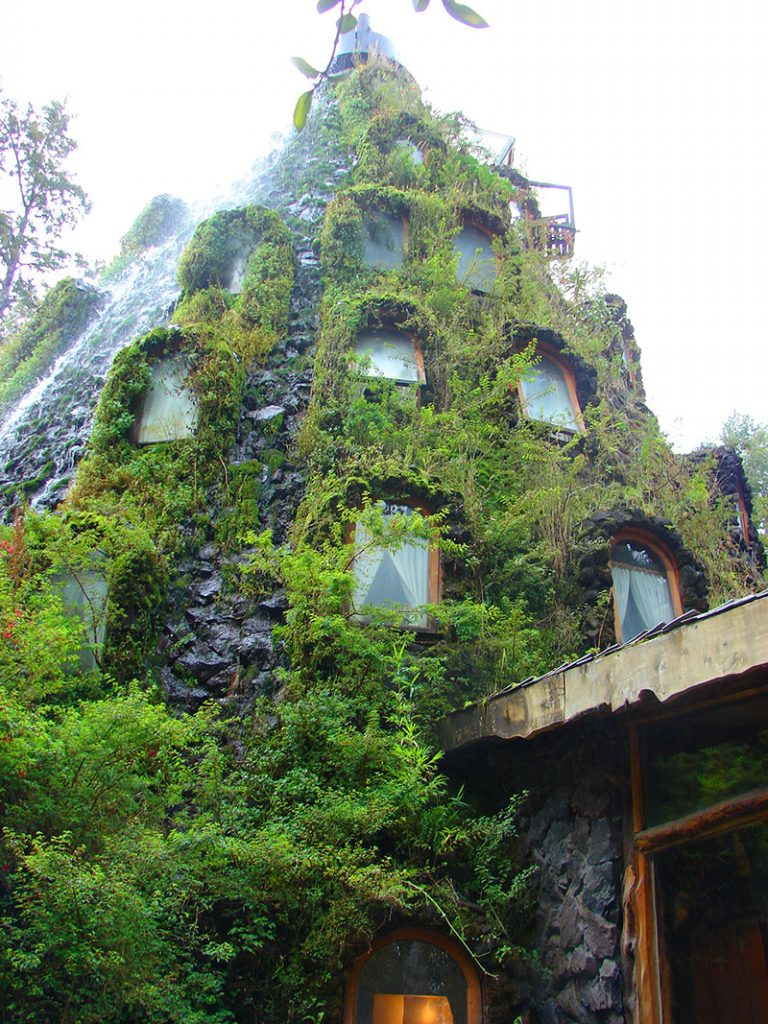 отель Montana Magica Lodge, Chile