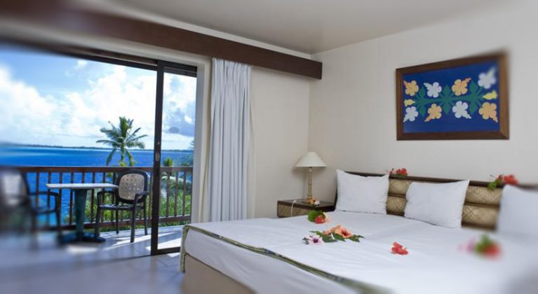 Wide double bed at Hotel Le Maitai Polynesia