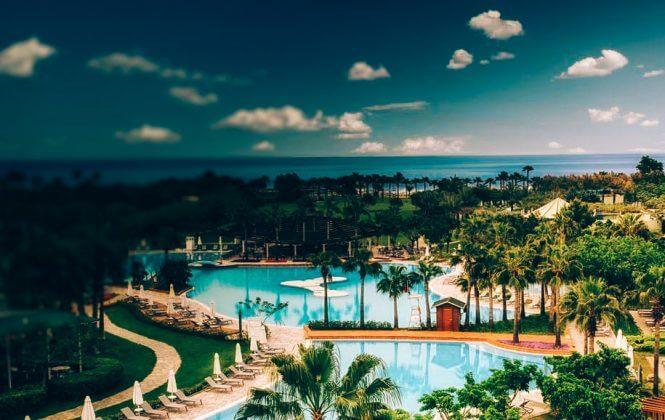 Каскад всесезонных бассейнов отеля Barut Lara 5