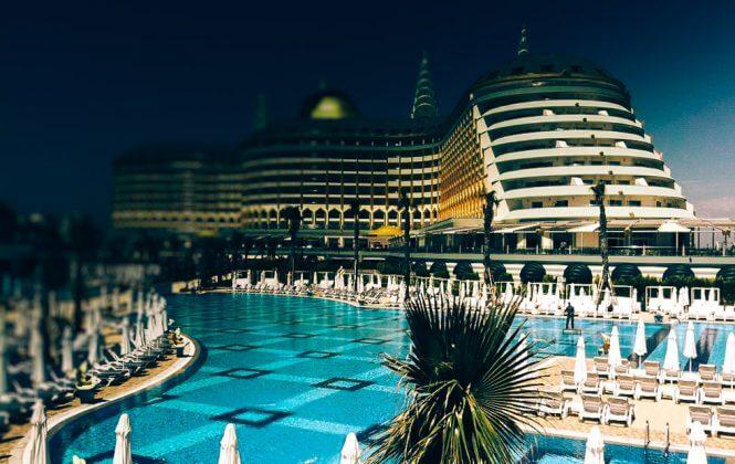 Ilus soojendusega bassein hotelli 5*